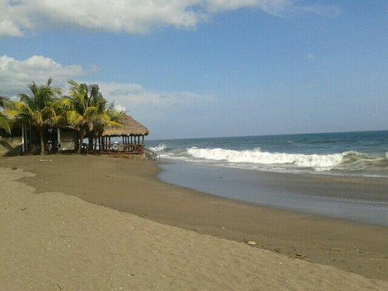 ลีอง, นิการากัว: Les vagues du Pacifique