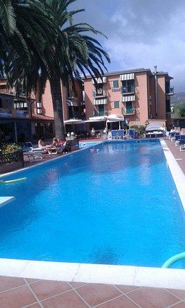 Photo of Hotel Tre Colonne Marina Di Campo