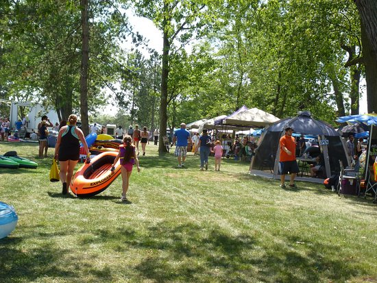 The Welland Canal: Welland FloatFest 2016