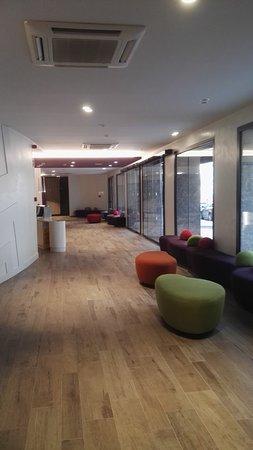 Apartments California: reception