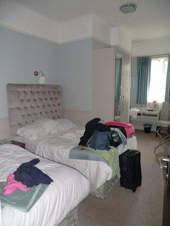 Maples House Hotel: camera tripla
