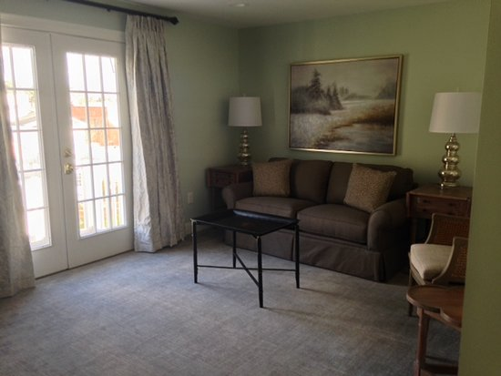 Aiken, Carolina del Sur: Suite Sitting Area - Pendleton Guesthouse
