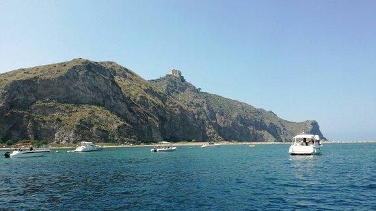 Oliveri, Ιταλία: Riserva naturale orientata Laghetti di Marinello