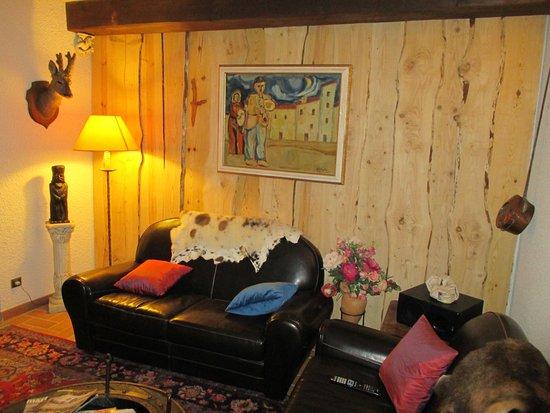 Valcebollere, Frankrike: Petit salon, à étage chambres