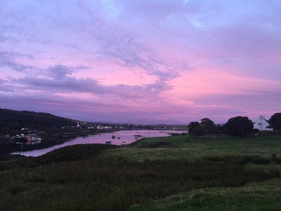 Uiginish, UK: Beautiful August evening sky in Skye