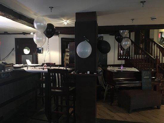 Charlie's Restaurant and Bar: photo1.jpg