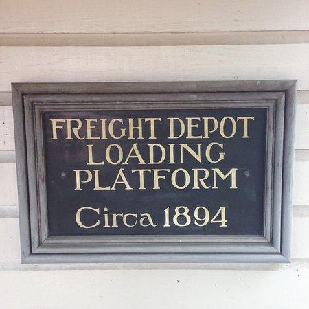 Staunton, VA: Old sign
