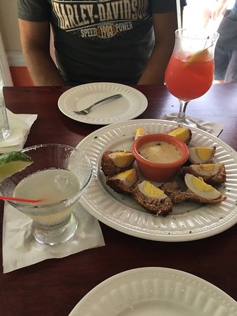 Betterton, MD: Cocktails and Scotch Eggs. Delicious!!!