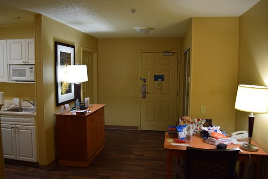 Extended Stay America - Orlando Theme Parks - Vineland Rd.: Room 224, Queen Suite.