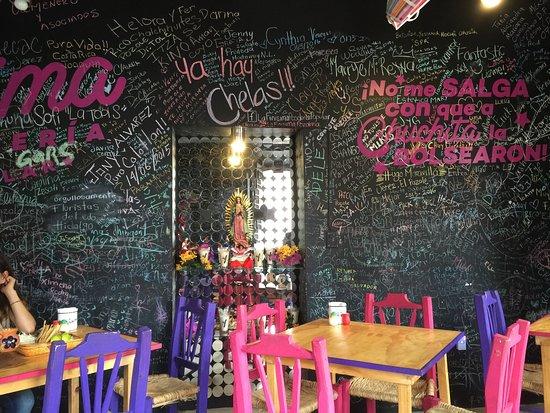 Jerez de Garcia Salinas, Meksika: Muy colorido el Restaurant