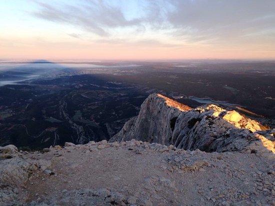 Montagne Sainte Victoire: photo1.jpg