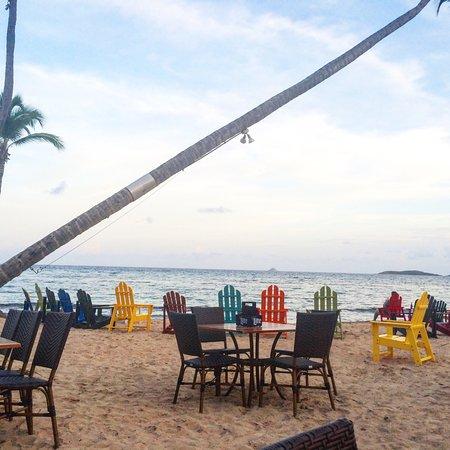 Bolongo Bay, เซนต์ โทมัส: Amazing atmosphere and the food was pretty good!