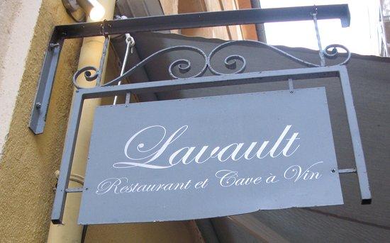 Lavault: logo