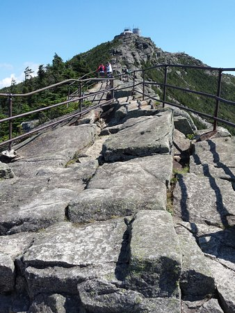 Wilmington, Нью-Йорк: rock trail to the summit