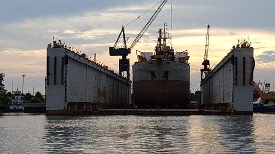 Spanish Fort, AL: Mobile Bay