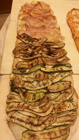 Lido del Sole, Italia: Mc Master Pizza Pane biscotti