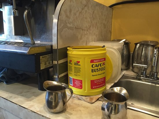 Frijoles Colorado: You know it's real cubans if they have Bustelo!