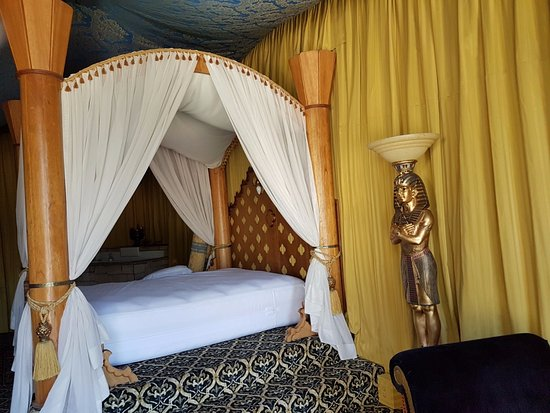 Los Alamos, Kalifornia: Egyptian Suite Bed