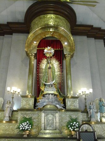 Pagsanjan, Filippinene: Our Lady of Guadalupe Main Altar