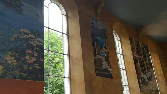 Shaftesbury, UK: Beautiful interior of AMORE