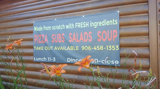 Michigamme, MI: Excellent Food with daily specials!
