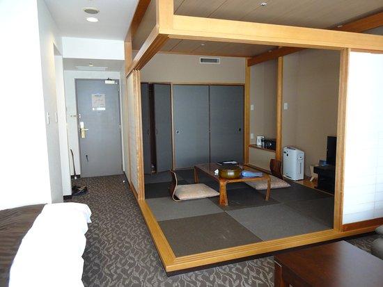 Kujukushima Bayside Hotel & Resort Flags : 和洋室の和室の部分。