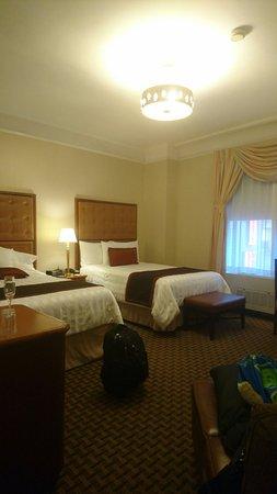 Hotel Metro: Room 606