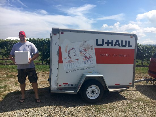 North East, PA: Me showing others how to buy wine with a UHaul :)