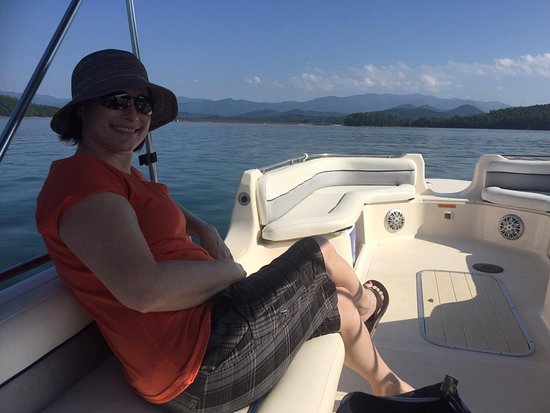 Boundary Waters Resort & Marina: Beautiful day, beautiful wife, beautiful boat....