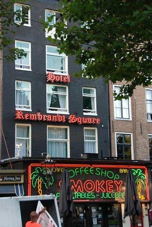 Rembrandt Square Hotel : Exterior
