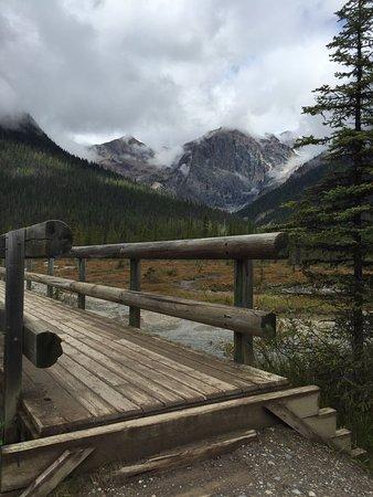 Field, Canadá: photo1.jpg