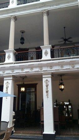 Gran Hotel de Merida: 20160821_141045_large.jpg