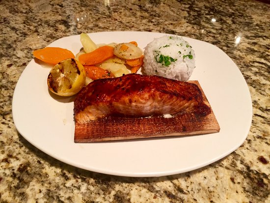 Ashburn, VA: Cedar Plank Norwegian Salmon (Fall 2016)