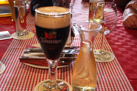Alte Scheune: Beer and wine