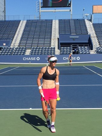 Flushing, estado de Nueva York: Samantha Stosur looking fit!