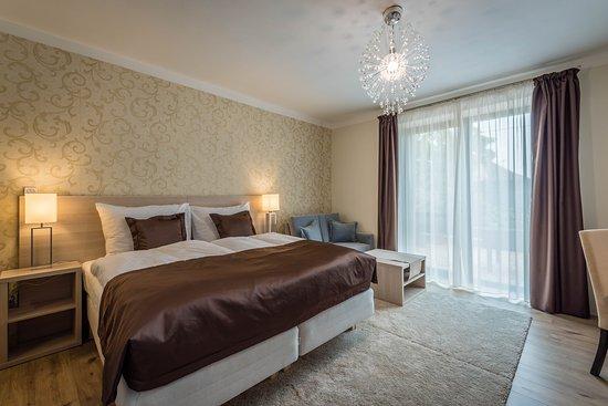 Nove Zamky, Slowakei: room 2