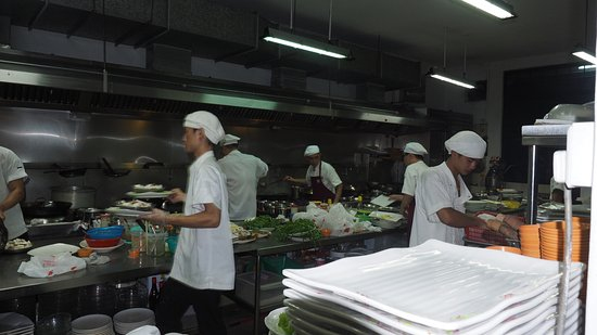 Busy Kitchen busy kitchen - picture of hua yu wee seafood, singapore - tripadvisor