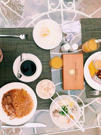 Hotel Continental Saigon: photo1.jpg