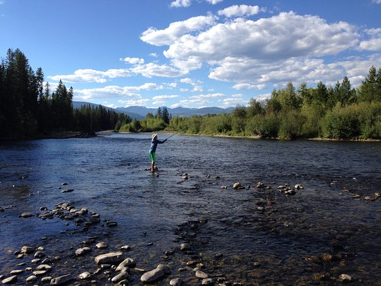 Three Bars Guest Ranch : fly fishing