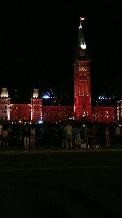 Ottawa, Canadá: IMG_20160828_222855_large.jpg