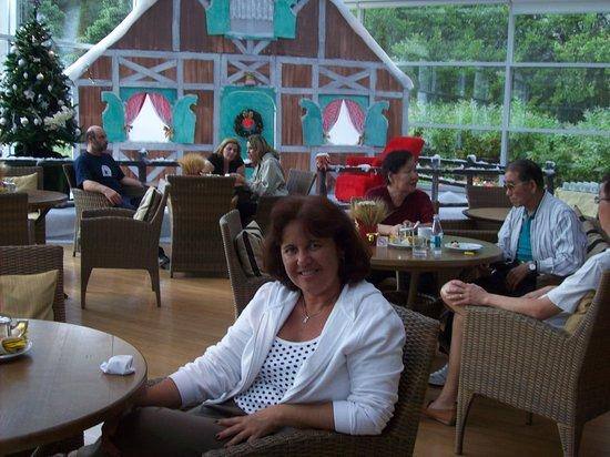 Grande Hotel Campos do Jordao: Área do chá da tarde