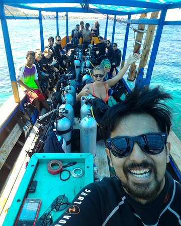 Bira, Indonesia: Try dive group