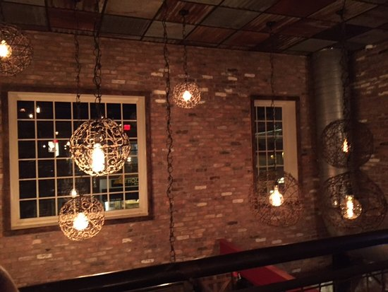Farmingdale, Nowy Jork: the architecture & decor was well thought out...great place to impress your first date!