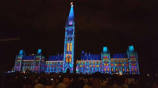 Ottawa, Canadá: 20160827_215642_large.jpg