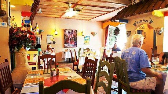 La Mesa, Californien: Decor Inside the Restaurant
