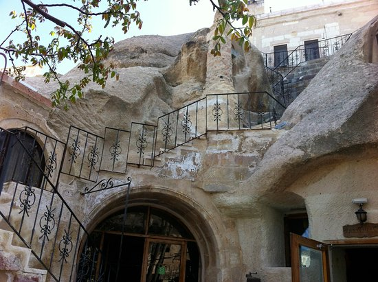 Gamirasu Cave Hotel: Just outside of reception where we have breakfast