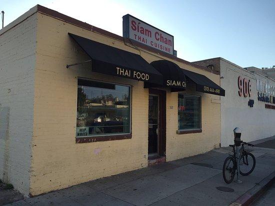 Siam Chan Restaurant Los Angeles Ca