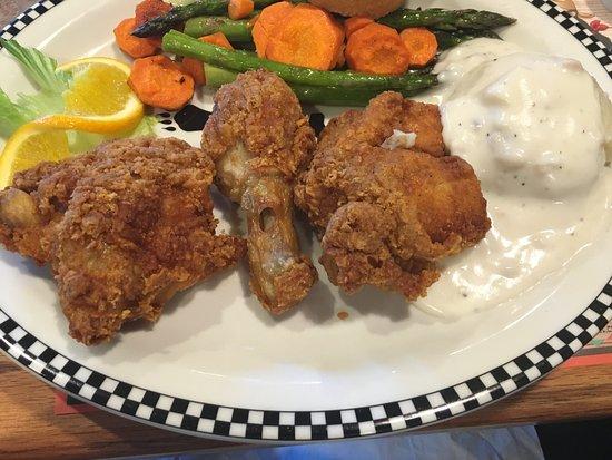 เกรชัม, ออริกอน: Fried Chicken Dinner