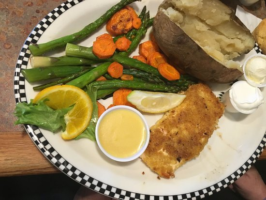 เกรชัม, ออริกอน: Salmon Dinner