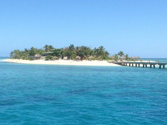 Denarau Island, فيجي: Approaching the Island
